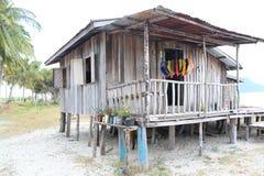 Una cabina di legno sulla spiaggia Fotografia Stock Libera da Diritti
