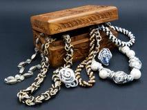 Una caja de joyas fotografía de archivo