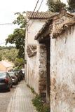 Una calle en Buitrago de Lozoya Madrid España foto de archivo libre de regalías