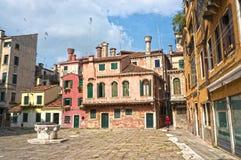Una calle tranquila en Venecia Imagen de archivo
