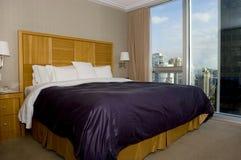una camera di albergo delle 4 stelle Immagine Stock Libera da Diritti
