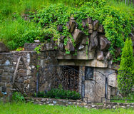 Una cappella nella roccia Immagine Stock