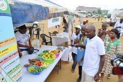 Una caravana para aumentar la conciencia de buenas prácticas alimenticias Imagen de archivo libre de regalías