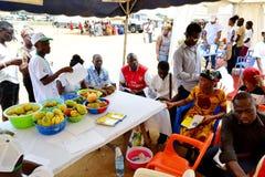 Una caravana para aumentar la conciencia de buenas prácticas alimenticias Imágenes de archivo libres de regalías