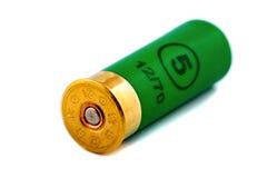 Una cartuccia di caccia per il fucile da caccia Fotografia Stock Libera da Diritti