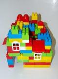 Una casa construida con los bloques Imágenes de archivo libres de regalías