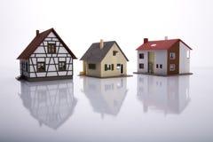 Una casa da vendere. fotografia stock libera da diritti