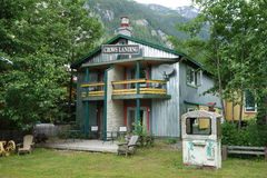 Una casa de alquiler linda imagen de archivo