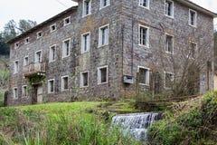 Una casa de piedra abandonada vieja en Río Grande del Sur - el Brasil Foto de archivo