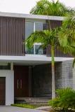 Una casa dell'alta società di due storie in Florida Immagine Stock Libera da Diritti