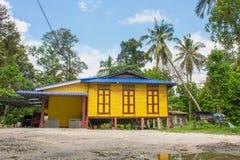 Una casa malese del villaggio di stile in Malesia comunemente - visto nello stato dell'annuncio Malacca di Johor Fotografia Stock Libera da Diritti