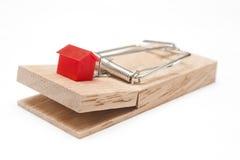 Una casa su una trappola per topi Fotografie Stock Libere da Diritti