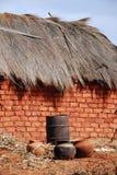 Una casa tipica nel villaggio di Pomerini - la Tanzania - l'Africa Fotografia Stock Libera da Diritti