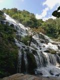 Una cascada grande en Tailandia Fotografía de archivo libre de regalías
