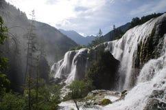 Una cascata dei nove del villaggio banchi della Valle-pera Fotografia Stock Libera da Diritti