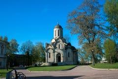 Una catedral antigua de la imagen de Vernicle del salvador en el monasterio de Andronikov, visión desde la entrada principal, Mos fotos de archivo
