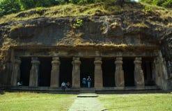 Una caverna antica nell'isola di Elephanta. Fotografia Stock Libera da Diritti