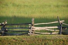 Una cerca vieja, de madera On un campo de batalla en Virginia Foto de archivo libre de regalías