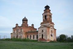 Una chiesa rovinata Fotografie Stock