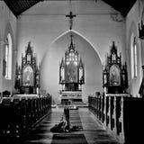 Una chiesa St Stephen in mezzo al parco nazionale Sumava fotografia stock