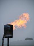 Chimenea con las llamas. Fotos de archivo