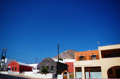 Una cittadina nell'isola di Santorin Fotografia Stock