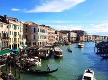 Una ciudad hermosa y romántica en el agua Venecia Italia imagenes de archivo