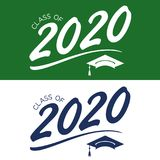 Una classe di 2020 congratulazioni si laurea la tipografia con il cappuccio e T Fotografie Stock
