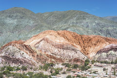 Una collina di sette colori in Jujuy, Argentina Immagini Stock Libere da Diritti