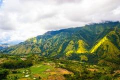 Una collina sulla valle di Enrekang Immagini Stock Libere da Diritti