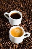 Una coppia di tazze di caffè Fotografie Stock