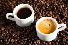Una coppia di tazze di caffè Fotografia Stock Libera da Diritti