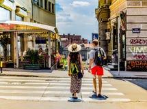 Una coppia di turisti a Belgrado, Serbia nel luglio 2014 Fotografie Stock Libere da Diritti