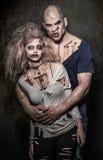 Una coppia gli zombie diabolici spaventosi Fotografie Stock Libere da Diritti