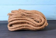 Una corda naturale della iuta Immagini Stock Libere da Diritti
