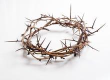 Una corona de espinas en un fondo blanco - Pascua Religión foto de archivo libre de regalías