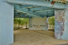 Una costruzione metallica di decomposizione Fotografie Stock Libere da Diritti