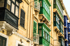 Una costruzione a terrazze a Malta Immagine Stock