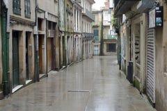 Una de las calles de la ciudad histórica de Pontevedra Foto de archivo