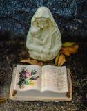 Una decoración grave o una estatua grave imágenes de archivo libres de regalías