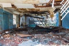 Una delle stanze di un sanatorio medico abbandonato Immagine Stock
