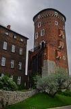 Una di alte torri del castello di Wawel Fotografie Stock Libere da Diritti