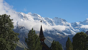 Una di due chiese in Murren (Berner Oberland, Svizzera) Fotografia Stock Libera da Diritti