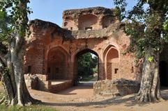 Una di vecchie entrate della tomba di Humayun, l'India. Immagini Stock