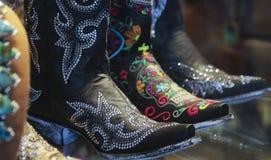 Una disposizione del cowboy Spangly Boots delle signore immagine stock