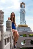 Una donna a Sanya, Hainan, Cina fotografie stock