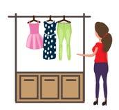 Una donna sceglie i vestiti per vestirsi Abbigliamento del ` s delle donne Illustrazione di vettore Immagini Stock Libere da Diritti
