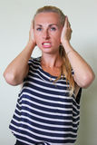 Una donna sollecitata irritata Immagini Stock Libere da Diritti