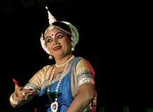 Una ejecución experimentada del bailarín de Odissi Imagen de archivo