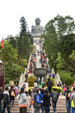Una escalera a la estatua de Tian Tan Buda (Buda grande), Hong Kong Imagenes de archivo